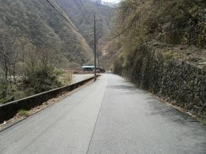 Okutama_mukashimichi_20110416_071