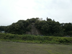 Ponponyama_ninomiyayama_20110615_37